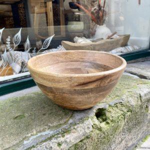saladier indus en bois de maguier, nkuku, boutique lodge carte inspirante Grandir, les mots à l'affiche, lodge boutique