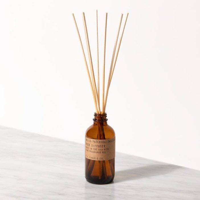 diffuseur PF Candle co. patchouli sweetgrass, lodge boutique