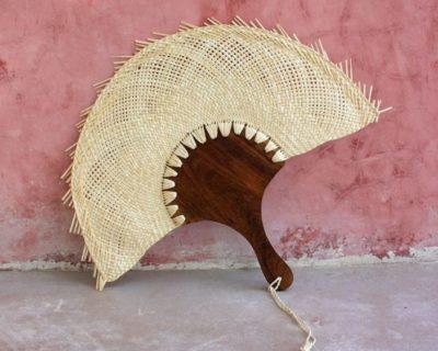 Eventail mexicain en palme tressée et bois